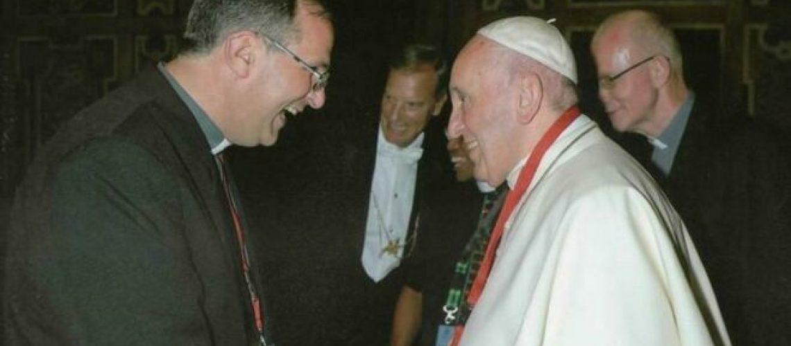 Jose-Corral-SVD-Bergoglio_2141495873_13783674_660x371